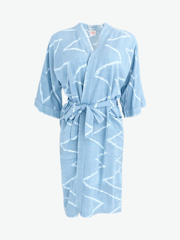 Resort Robe, håndvævet bomuld, Light Blue Ikat, A.N.D. Fair Fashionista